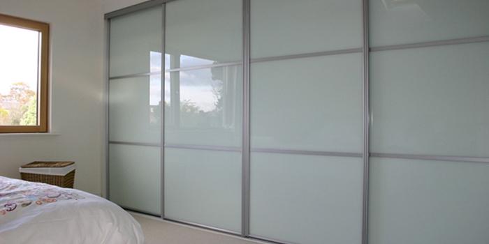 easi-slide-wardrobe-system-glass-68t8938