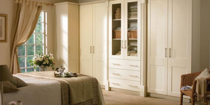 Cologne Ivory Bedroom