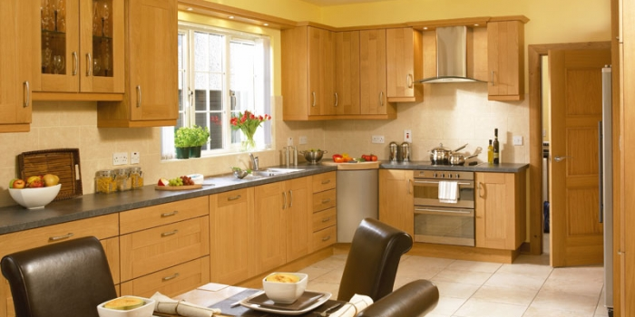 Shaker Solid Oak Kitchen
