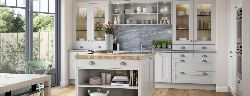 Kensington Kitchen – Light Grey & Porcelain