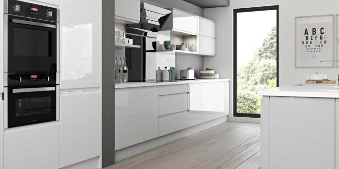 Luzzi Kitchen – Light Grey and White