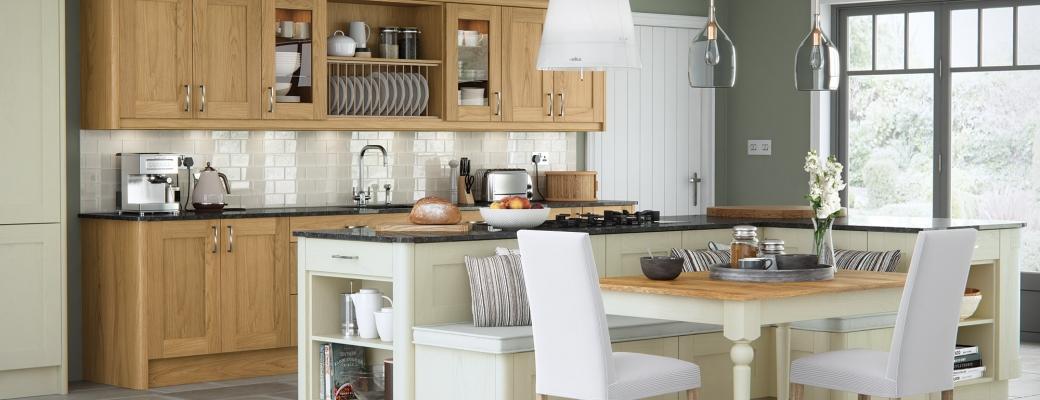 Madison Kitchen – Oak & Ivory