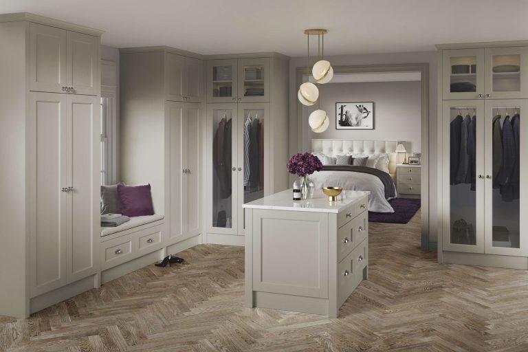 5 Piece Bastille Legno Taupe Bedroom