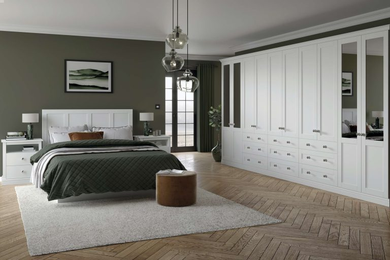 5 Piece Loxley Serica White Bedroom