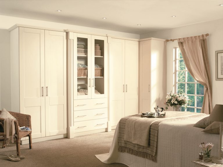 Cologne S1 Hornschurch Ivory Bedroom