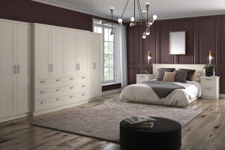 Taunton S1 2 Panel Hornschurch Ivory Bedroom