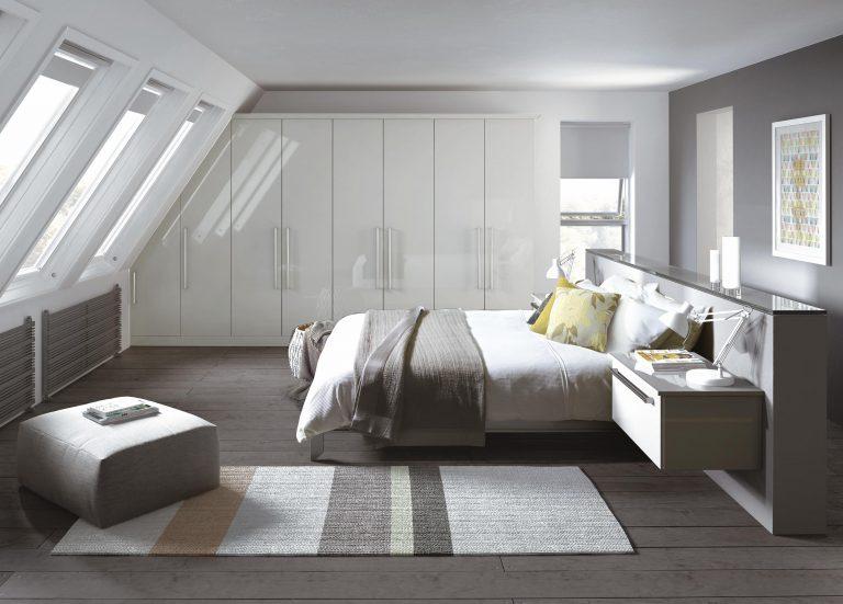 Edged Phoenix S1 Light Gloss White Bedroom