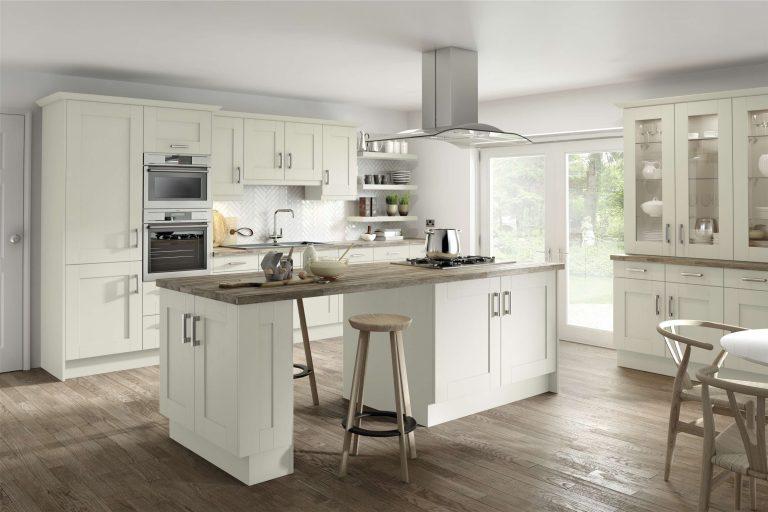 5 Piece Fenwick Legno Ivory Kitchen